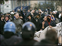 Football fans face police in Milan, 11 November 2007