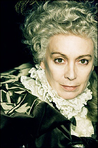 Francesca Annis as Lady Ludlow in Cranford