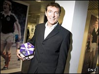Gordon Smith hopes for a win worthy of the Scottish football hall of fame