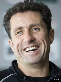 Hibs manager John Collins