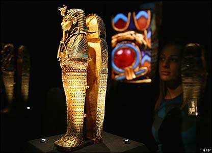 Preview of the exhibition of King Tutankhamun's treasures, London