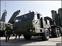 بطاريات صواريخ روسية