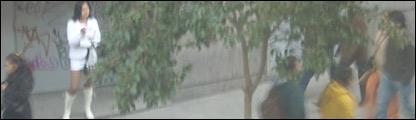 Mujer prostituida rumana en la calle Montera de Madrid