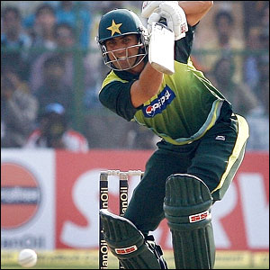 Younus Khan drives straight