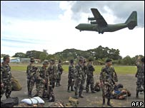 Elite US-trained Philippine army Scout Ranger troops at Jolo airport in the restive southern Philippine island on 15 August 2007