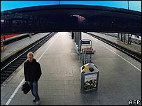 A largely deserted platform at Cologne station