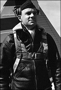 Lt Robert Elliot