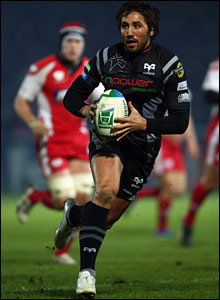 Gavin Henson looks to impress the Wales selectors in the Ospreys' big Heineken Cup showdown at Gloucester