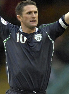 Keane scores after collecting a pass from Kevin Doyle