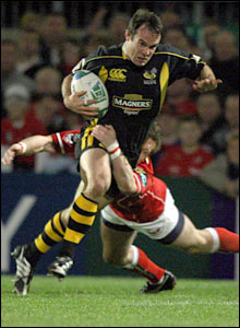 Wasps hit the ground running at Llanelli Scarlets and Fraser Waters soon crosses for a try
