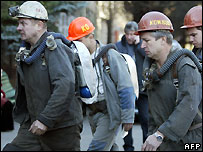 Rescuers at Zasyadko mine, Ukraine