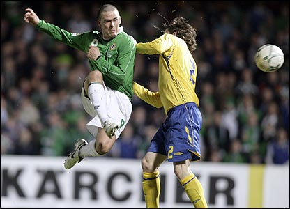 David Healy pounces to score against Sweden
