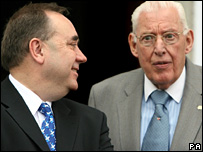 Scottish First Minister Alex Salmond and Northern Ireland First Minister Ian Paisley