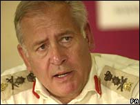 Former head of the British armed forces Lord Guthrie in 2000