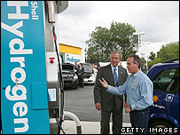President Bush inspects a hydrogen fuel station (Getty Images)