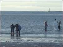 Children in the sea. Picture by Jim McGinley from Uddingston