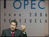 Hugo Ch�vez, presidente de Venezuela, durante la cumbre de la OPEP de 2006.