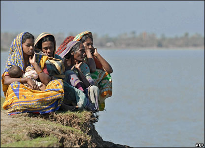 Cyclone affected villagers grieve in Patargata, south of Dhaka, Bangladesh