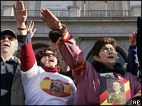 Fascist salute by Franco supporters in Madrid on 18 November 2007