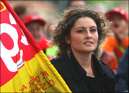 A striking railway worker protests in Bayonne, south-western France, on 20 November 2007