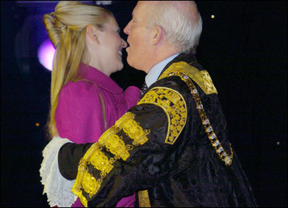 Fabrizio Belluschi took this picture of Lord Mayor Jim Rodgers welcoming television presenter Zoe Salmon back to Belfast at the Christmas lights switch-on.