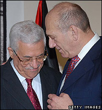 Palestinian leader Mahmoud Abbas and Israeli PM Ehud Olmert