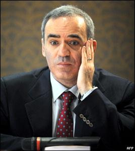 Гарри Каспаров представил в Париже свою новую книгу