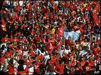 Pro-Chavez supporters - 21/11/2007