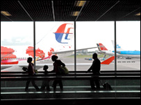 Schiphol departure lounge