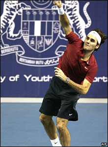 Federer serves in Malaysia