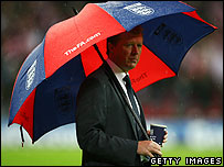 Steve McClaren and brolly