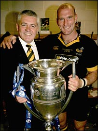 Warren Gatland with Wasps captain Lawrence Dallaglio
