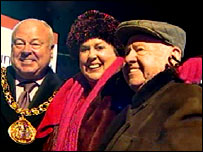Mickey and Jan Rooney with the mayor of Sunderland