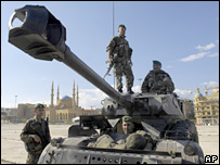 Lebanese troops sit on armoured personnel carrier, 23 Nov 2007