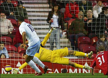 John Carew scores for Villa