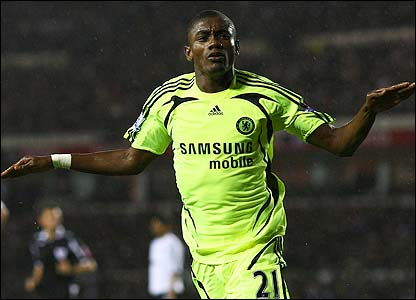 Salomon Kalou gives Chelsea the lead