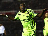 Salomon Kalou celebrates after putting Chelsea in front
