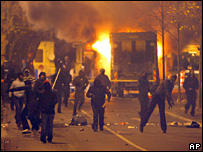 Rioting youths in Villiers-le-Bel