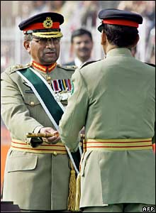 Gen Musharraf passes a baton to Gen Kayani