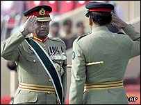 Pervez Musharraf steps down as army chief