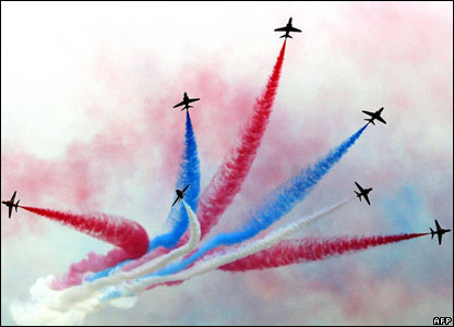 Red Arrows perform at Langkawi International Air Show.