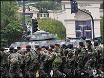 Soldiers surrounded the Peninsula Hotel