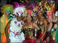 Dancers in Cartagena welcome UNWTO delegates