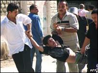 رجال امن يعتقلون مواطنا في العريش