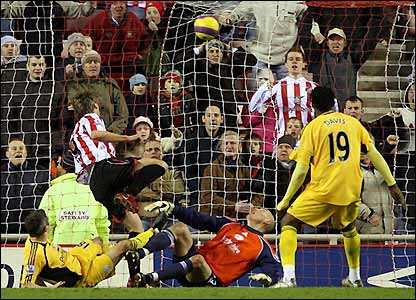 Stokes wins it for Sunderland