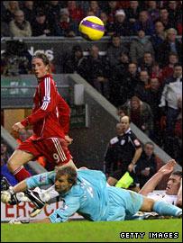 Fernando Torres scores Liverpool's second goal