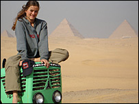 Manon Ossevoort is driving a tractor to the South Pole