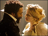 Chiwetel Ejiofor and Kelly Reilly in Othello