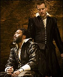 Chiwetel Ejiofor and Ewan McGregor in Othello