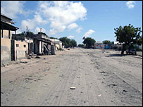 Empty road in Mogadishu (Mohamed Olad Hassan for the BBC)